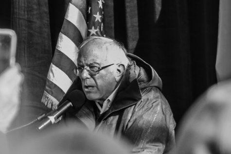 Senators Speak at Health Care Rally