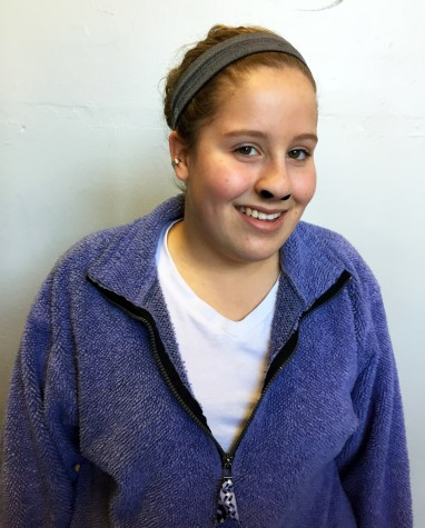 Sophomore Hannah Davis