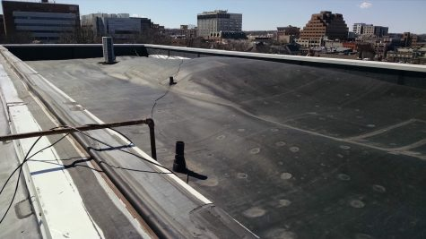 Membrane of Roof Becomes Unattached in High Winds