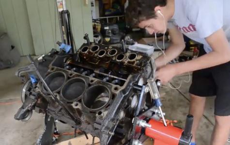 Timelapse of an Engine Rebuild